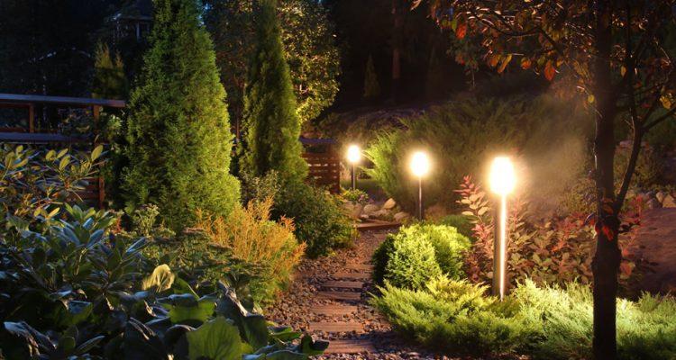 Oświetlenie letniego ogródka