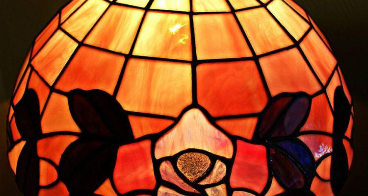 Błysk, klasa i luksusowe pomysły – mistrzowie art deco i ich wpływ na współczesnych projektantów