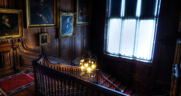 Jak stworzyć modne i funkcjonalne podświetlenie schodów?