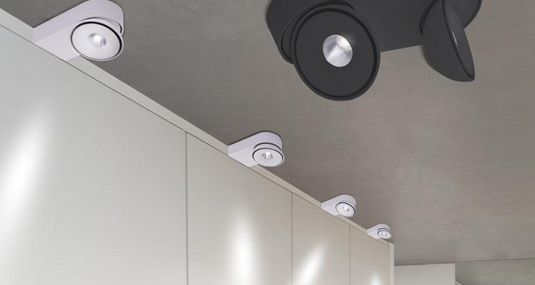 Skuteczne i nowoczesne oświetlenie do garderoby